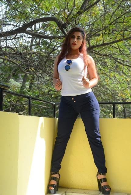 Gunnjan Aras Photos