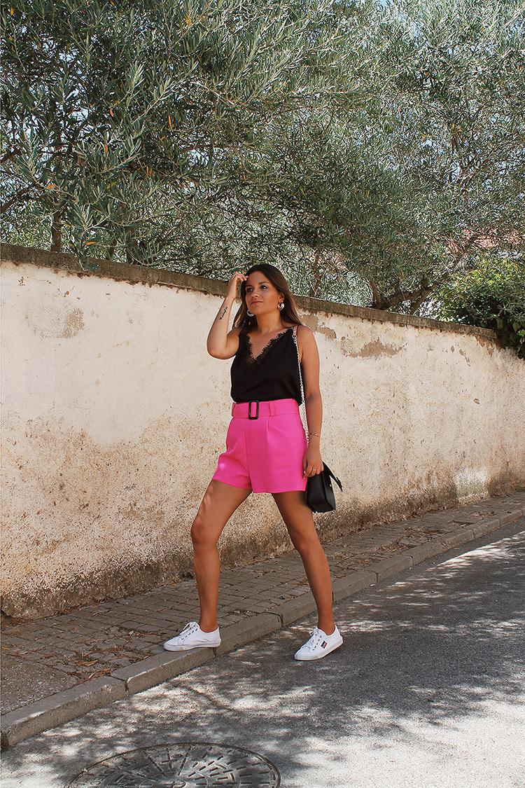look shorts rosas moda