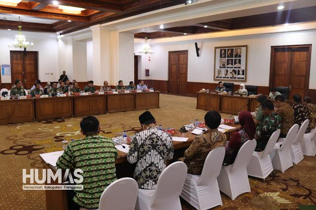 Plt. Bupati Trenggalek Ikut Koordinasikan Pelaksanaan Latsitardanus 2019 dengan Danjen Akademi TNI