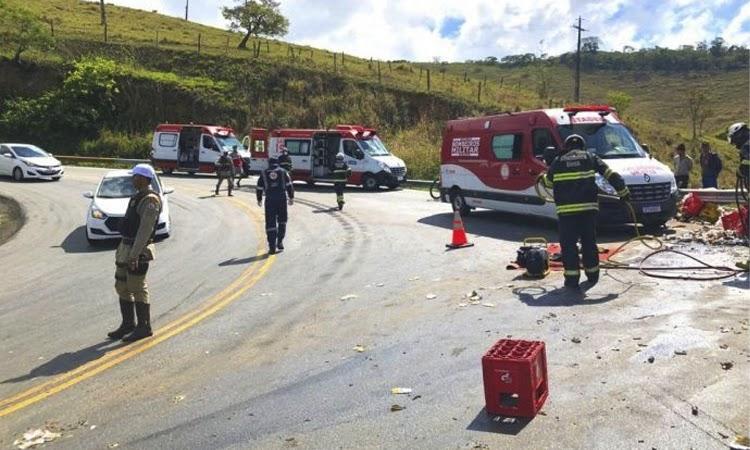 Quatro pessoas ficaram feridas em acidente na Serra do Marçal no Sudoeste da Bahia