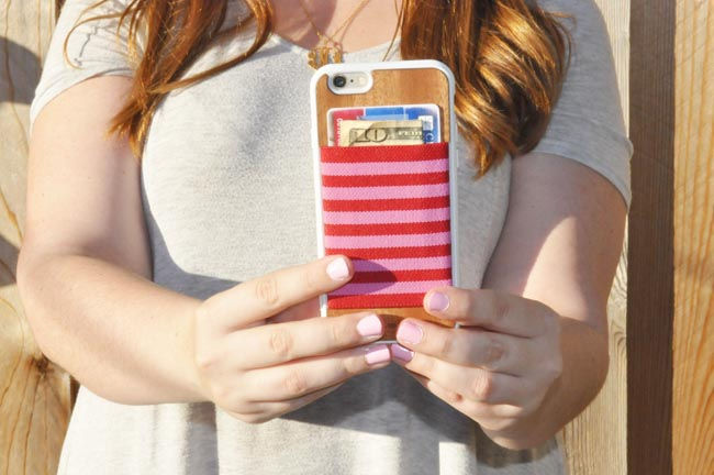messenger basg - The Classic Brunette: The Best Phone Case For Millennials And ...