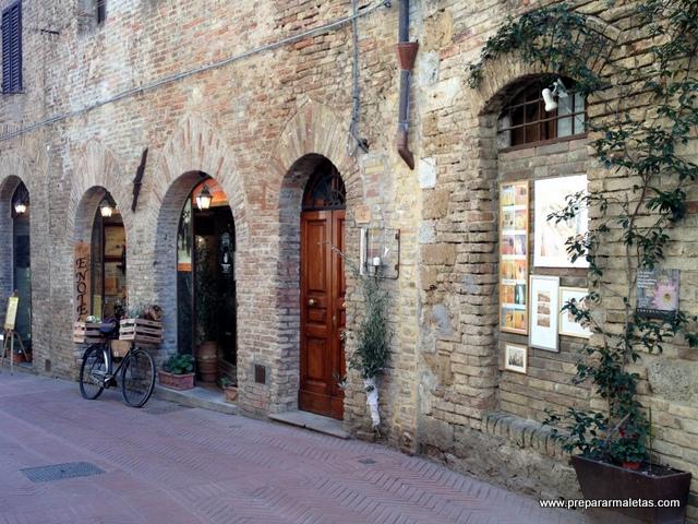 calles de los pueblos en la Toscana