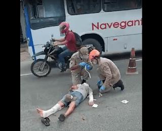 Colisão entre carro e moto na PB deixa duas vítimas feridas; vídeo