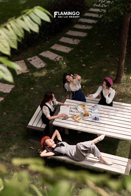 nghỉ dưỡng cùng nhóm bạn thân