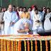 शपथ ग्रहण से पहले नरेंद्र मोदी ने  बापू और अटल को दी श्रद्धांजलि, युद्ध स्मारक पर शहीदों को किया नमन