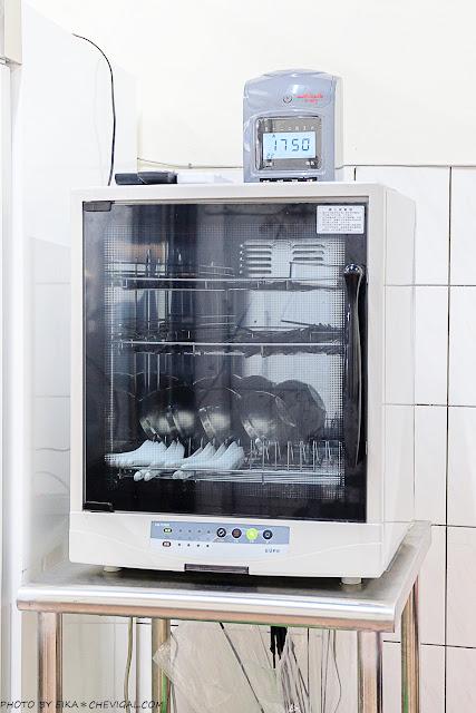 MG 7542 - 熱血採訪│不用特地跑去台南,也能吃到料鮮味美的土魠魚羹!加點烏醋更對味~
