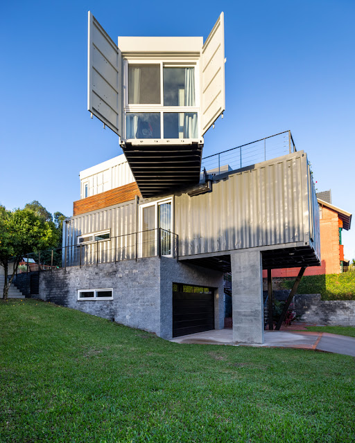 Casa Conteiner RD - 350 sqm Two Story Shipping Container Home, Brazil 20