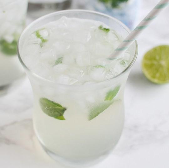 Skinny Coconut Mojito #drinks #lowcalorie