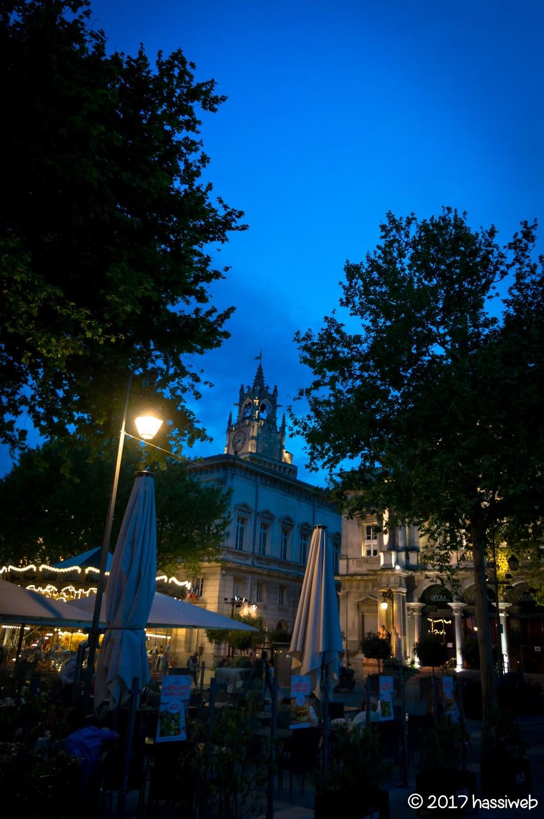 時計台広場 (Place de l'Horloge)