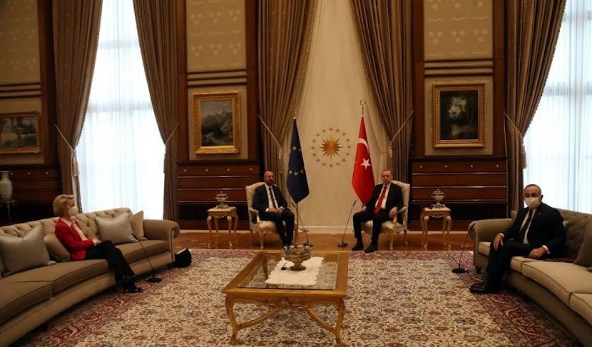 Τσαβούσογλου για το sofa-gate: «Οι θέσεις ρυθμίστηκαν σύμφωνα με τα αιτήματα της ΕΕ»!