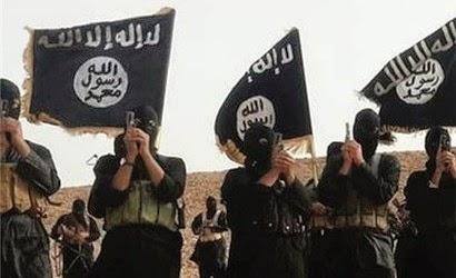 Militantes del Estado Islámico persiguen a cristianos