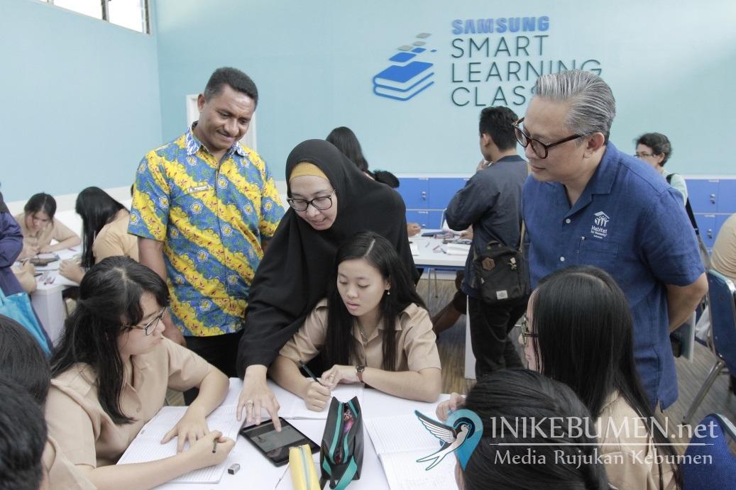 Galaxy Tab A with S-Pen Perangkat Andalan Samsung Smart Learning Class Pertama Di Bangka