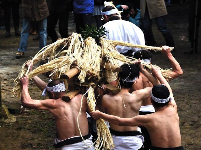 Omottsuan (Big Rice Cake Festival) at Aika Town, Matsue City, Shimane Pref.