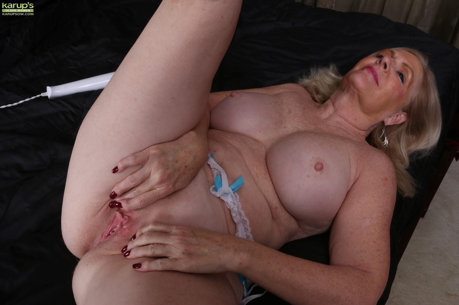 keely hazell nude scenes
