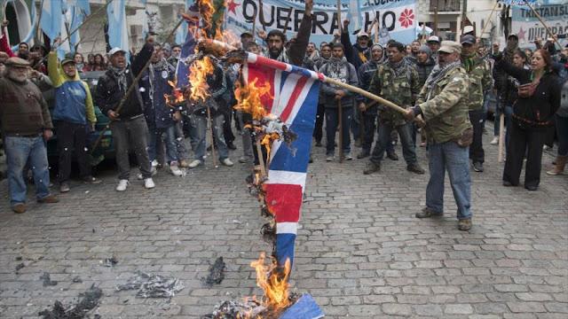 Argentinos denuncian maniobras militares británicas en Malvinas