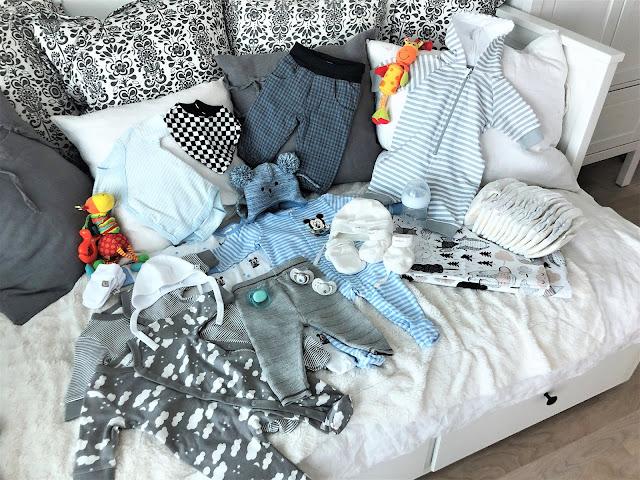 vauvan vaatteet tarvikkeet
