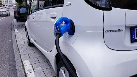 Megújult a Nemzeti Közművek e-autótöltő applikációja