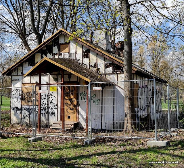 Leszowa Warszawa Warsaw domki fińskie Ryszard Kapuściński architektura architecture 1945 drewniany domek fiński