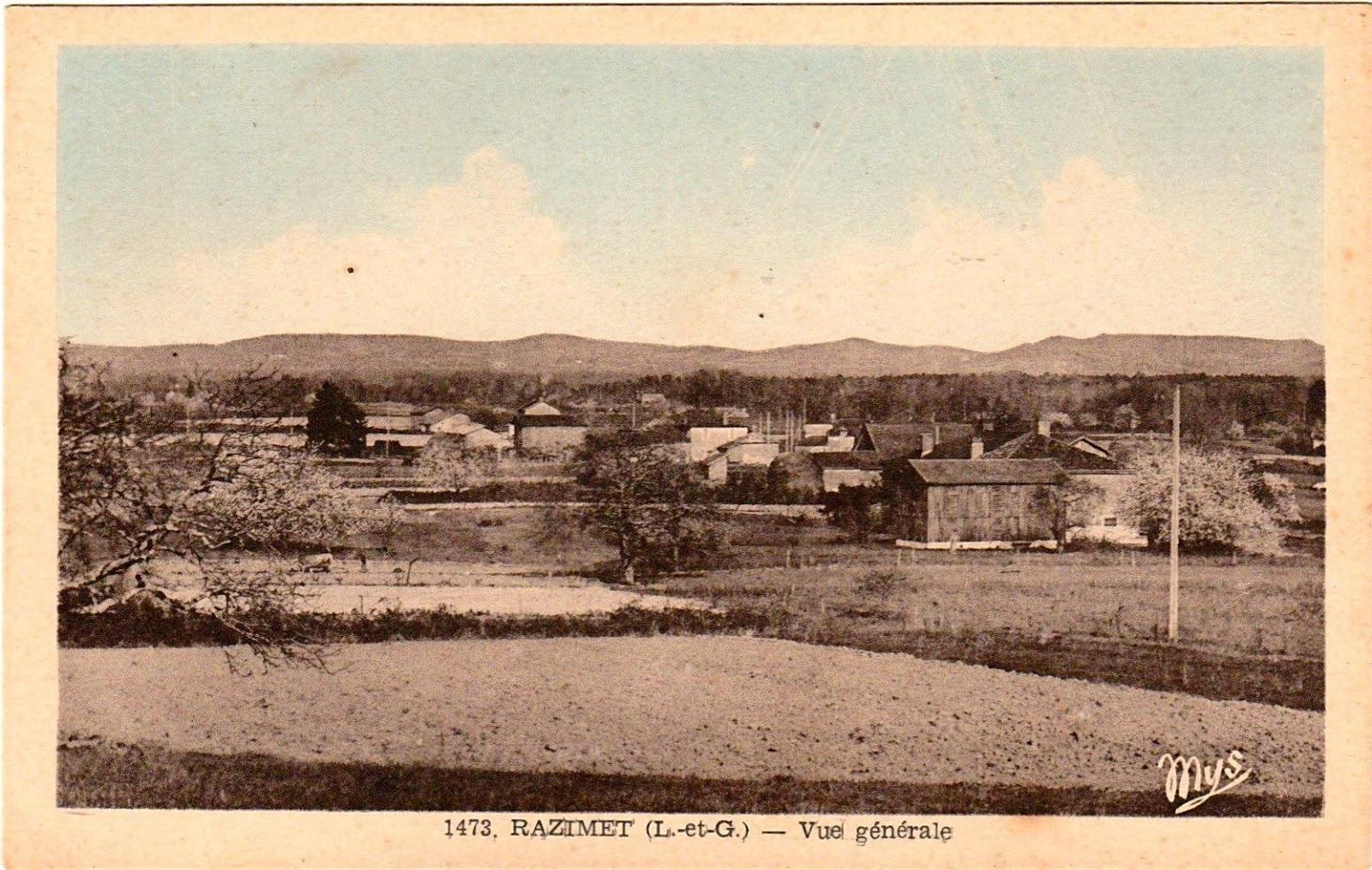 Carte postale ancienne, les fermes et les séchoirs à tabac dans la  vallée de la Garonne depuis la terrasse de la mairie