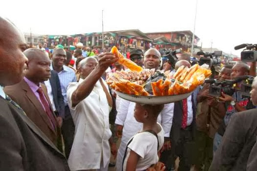governor oshiomhole plantain chips seller