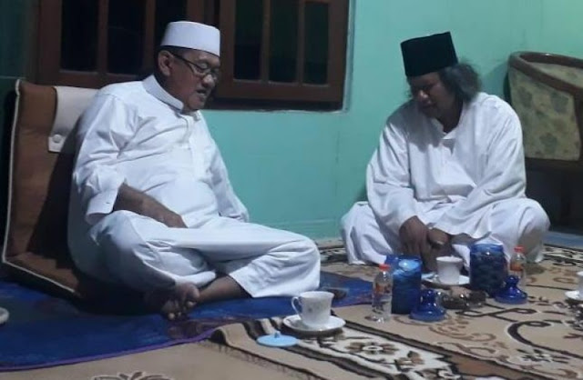 KH Ubaidillah Faqih Langitan ke Muwafiq: Bagaimanapun Kamu Tetap Salah