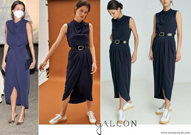 Queen Letizia wore Galcon Studio navy top and skirt