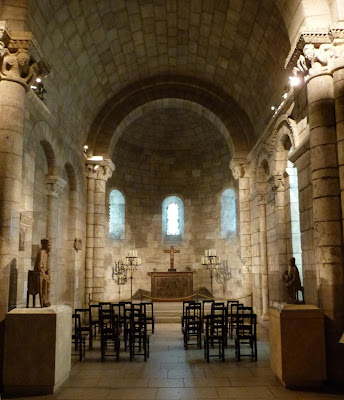 ROMÁNICO EN NUEVA YORK. THE CLOISTERS MET. Capilla de Notre-Dame du Bourg