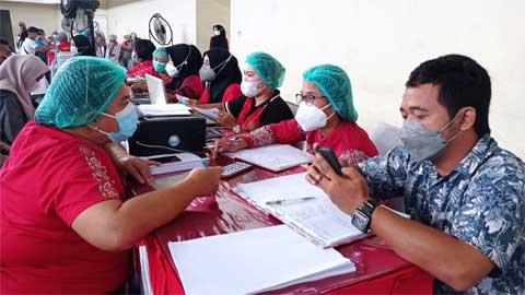 vaksinasi Covid-19 tahap I yang dilaksanakan di GOR Gedung Serbaguna Kisaran