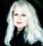Author Lorraine Devon Wilke