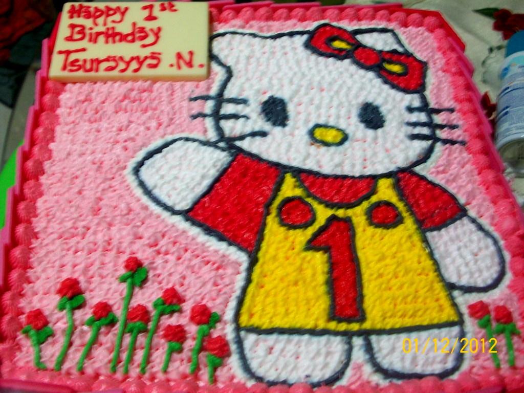 Doyan Kue Hello Kitty Buat Aayya