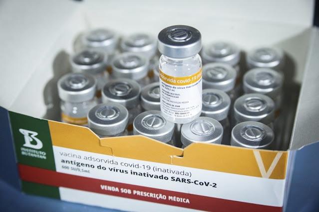 Vacinômetro contra a Covid diz que 56 mil doses estão 'estocadas' em dez cidades de Rondônia