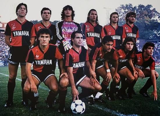 Historias del Deporte Argentino - Efemérides Futboleras  diciembre 2013 af230c19cfcf8