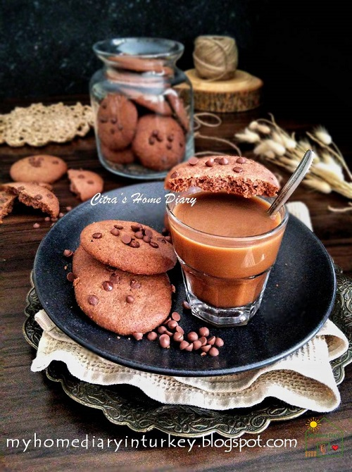 New favorite -- Best Double Chocolate Coffee Cookies| Çitra's Home Diary. #bestcookiesrecipe #bestchocolatecookies #coffeecookies #dessert #christmastcookies #kuekeringlebaran #resepkuekeringcoklat #coffeedessertidea #resepkuekeringenak #kuekeringkopi #kurabiyetarifi