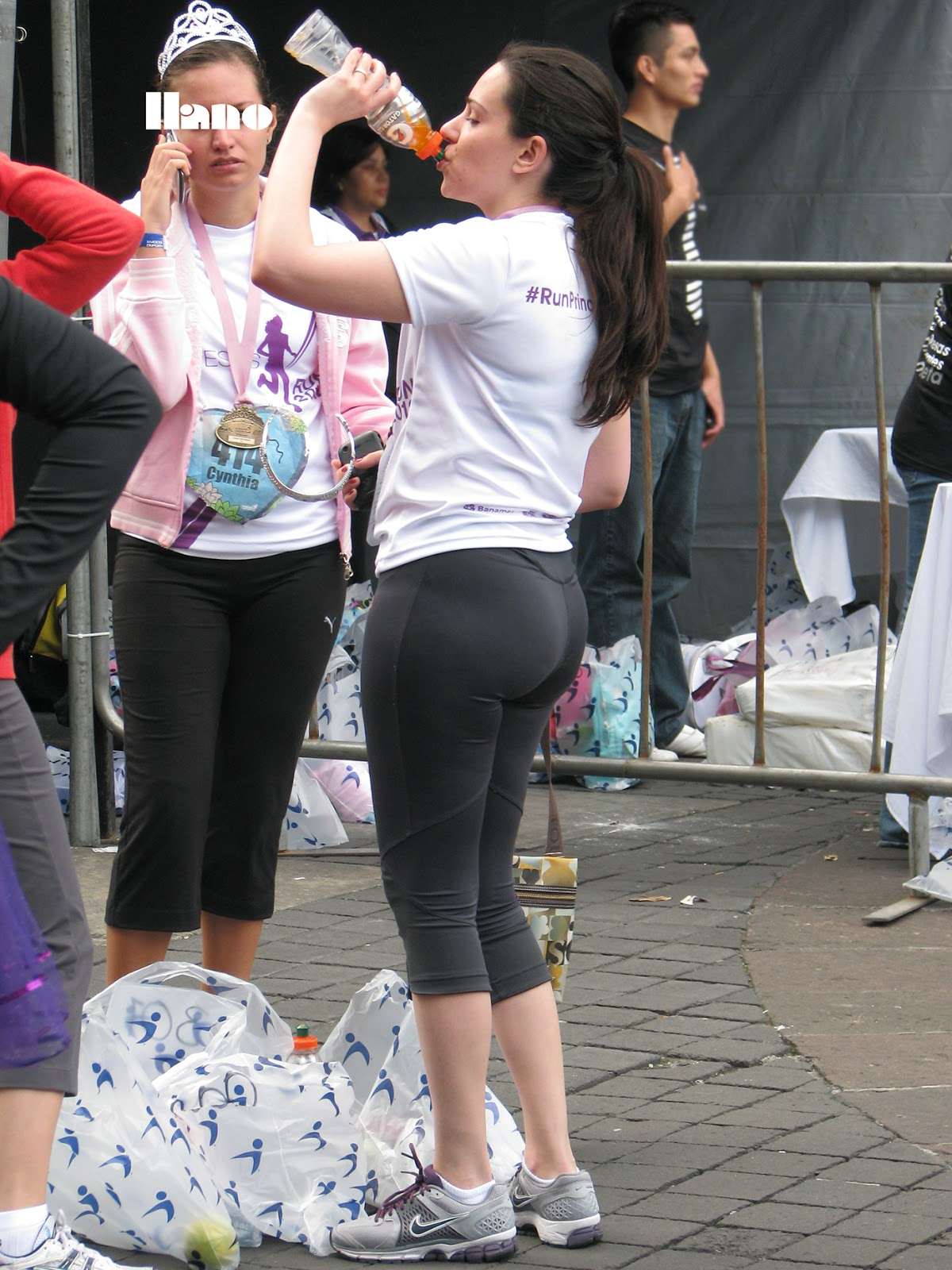 Tight spandex shorts pawg candid wide hips juicy ass mod - 3 part 10