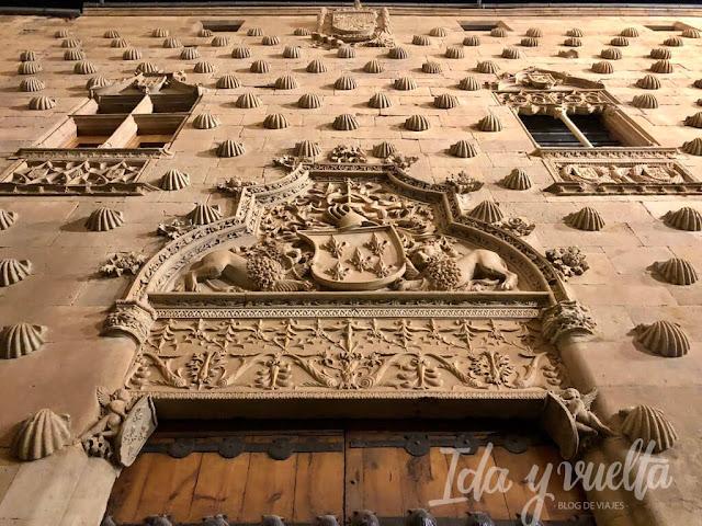 Palacios de Salamanca Casa Conchas portada