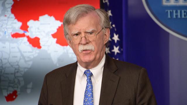 """""""Cuanto antes, mejor"""": John Bolton desea a Maduro """"una jubilación en una playa lejos de Venezuela"""""""