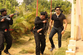 Ganesh Venkatraman Swetha Menon Starring Inaiyathalam Movie Stills  0009.JPG