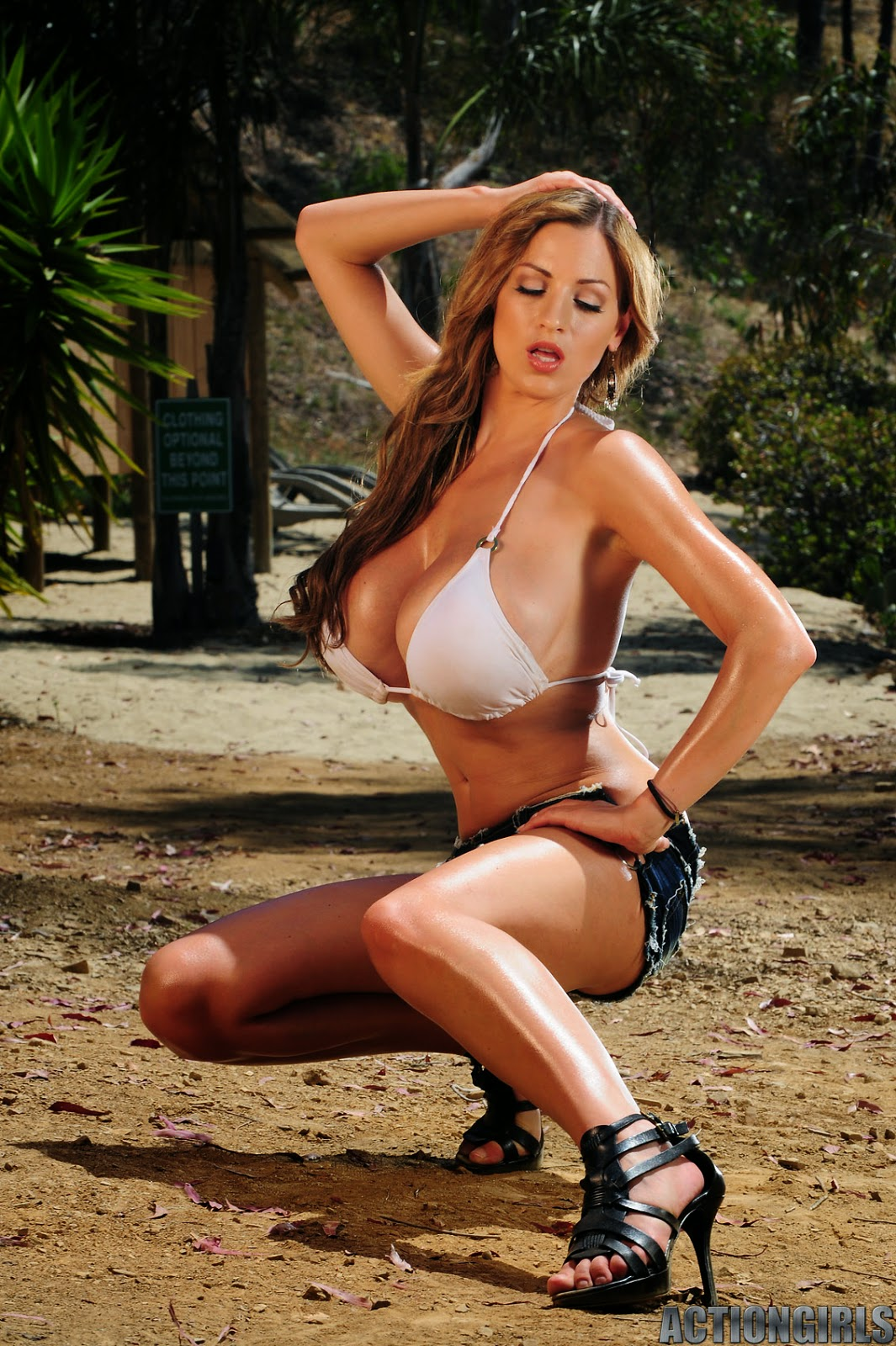 The 20 Hottest Jordan Carver Pics You Will Ever See