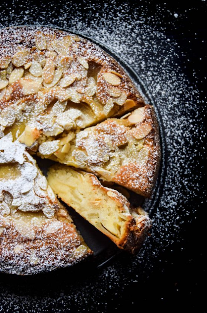 FRENCH APPLE ALMOND CAKE