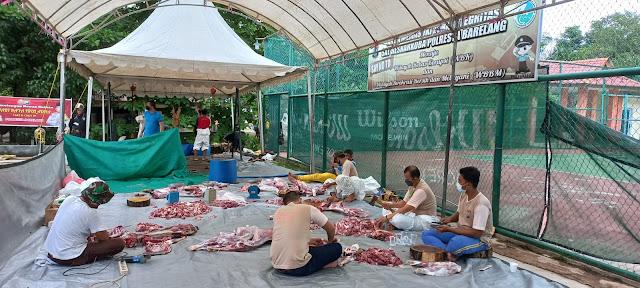 Hari Raya Idul Fitri 1442 H, Polresta Barelang Sembelih 6 Ekor Sapi dan 22 Ekor Kambing