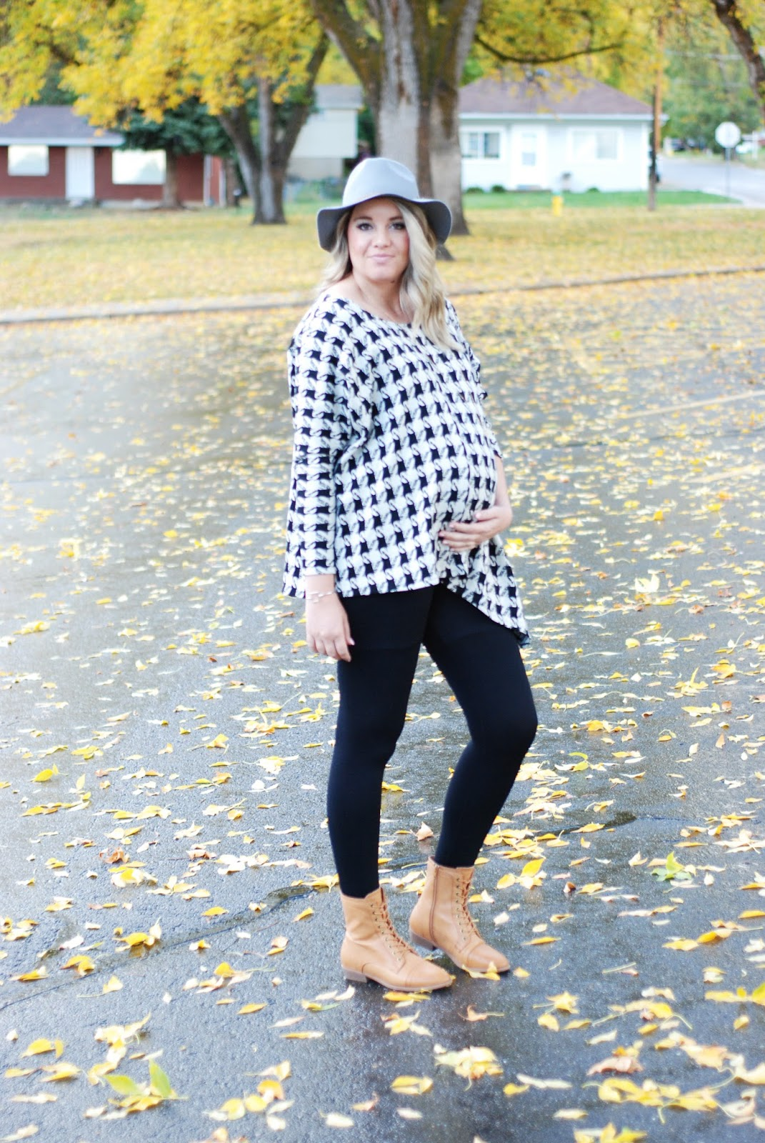 Fall Outfit, Poncho, Utah Fashion Blogger, Isabella Oliver