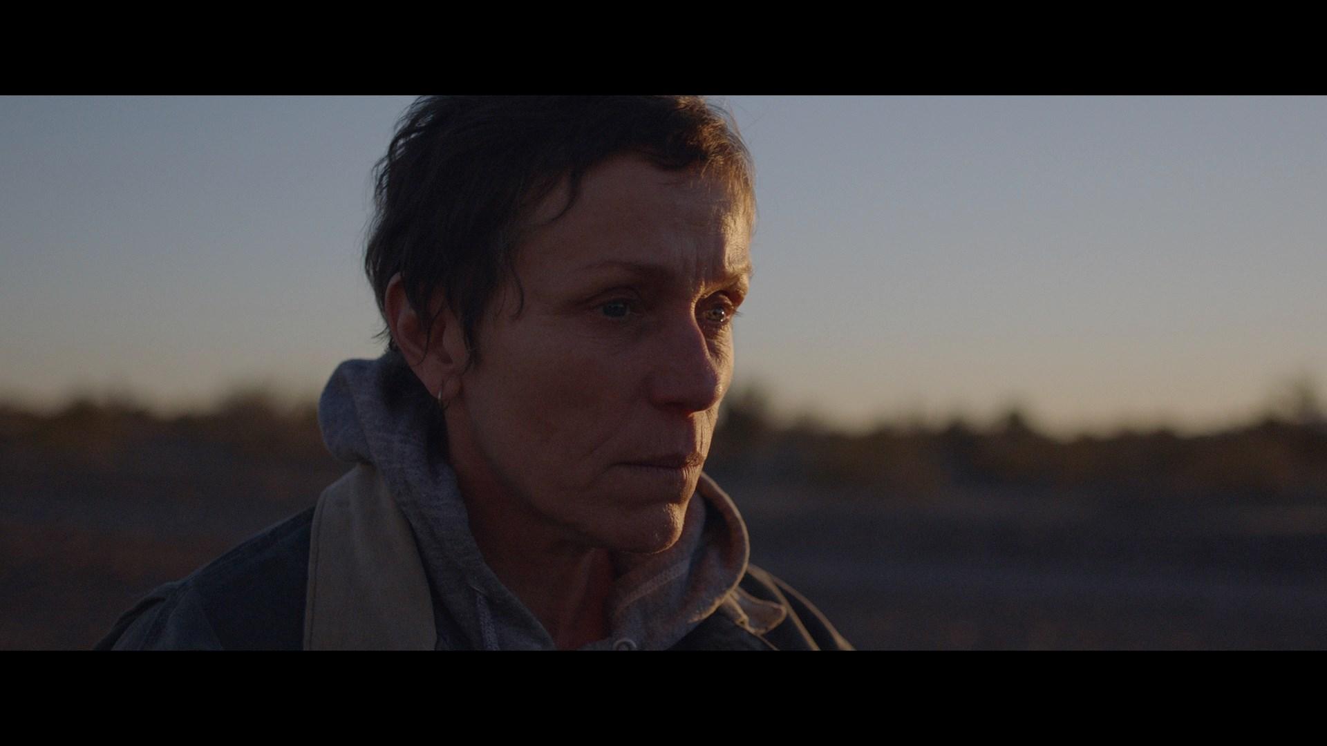 Nomadland (2021) 1080p BDrip Latino