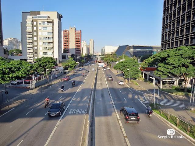 Vista ampla de trecho da Avenida Eusébio Matoso - Pinheiros - São Paulo