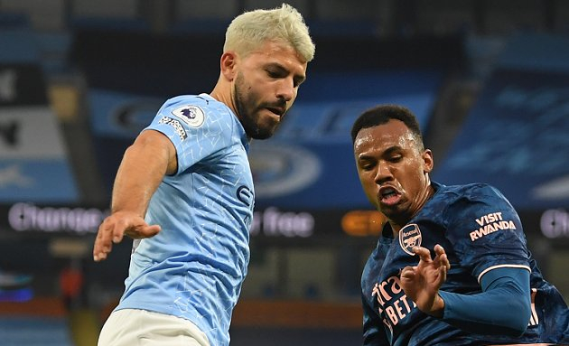 Barcelona hold round of talks with departing Man City striker Aguero
