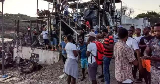 Σφαγή σε καταυλισμό στο Μόρια: Τρεις στο νοσοκομείο – Ένας σε κρίσιμη κατάσταση