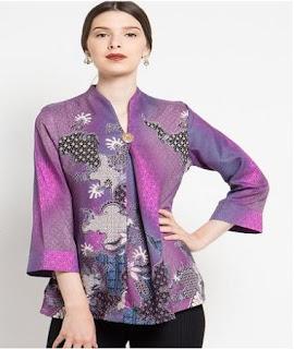 contoh model baju atasan batik wanita modern
