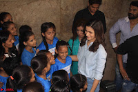 Alia Bhatt in Denim and jeans with NGO Kids 11.JPG