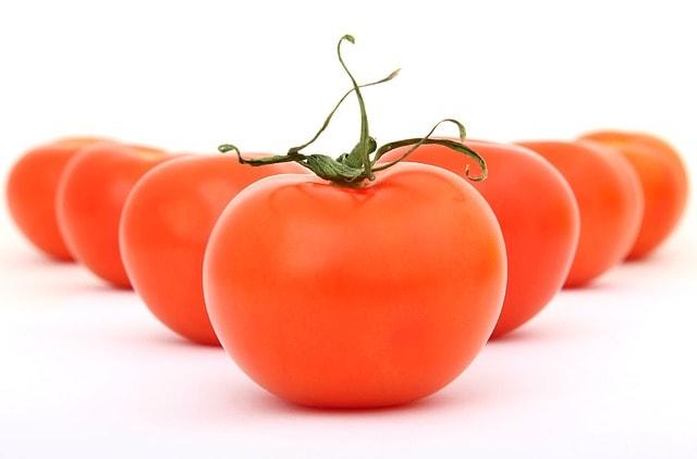 Manfaat Tomat Untuk Kesehatan Dan Untuk Wajah Berjerawat