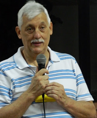 Arturo Sosa in plain clothes