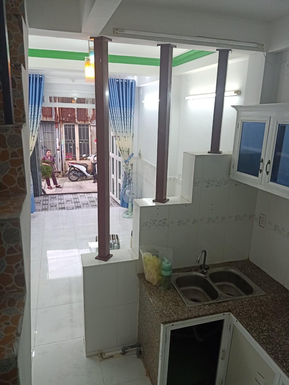 Bán nhà quận Bình Tân dưới 3 tỷ hẻm 184 Lê Đình Cẩn phường Tân Tạo quận Bình Tân